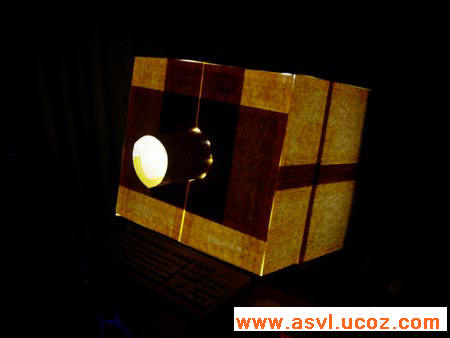 Внешний вид проектора в темноте