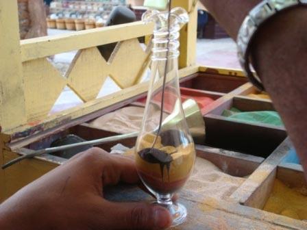 декорирование бутылок песком