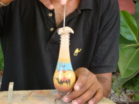 рисование картин в бутылке